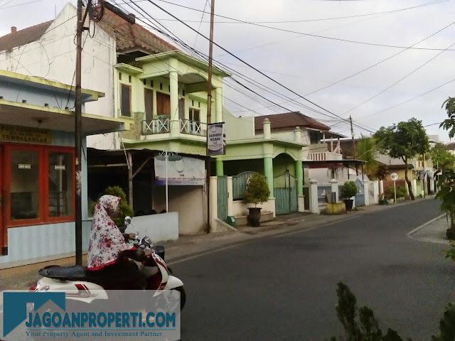 Rumah dijual pinggir jalan Malang