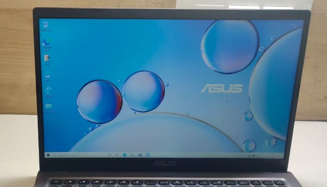 15.6-inch FHD IPS display of Asus VivoBook 15 M515DA laptop.