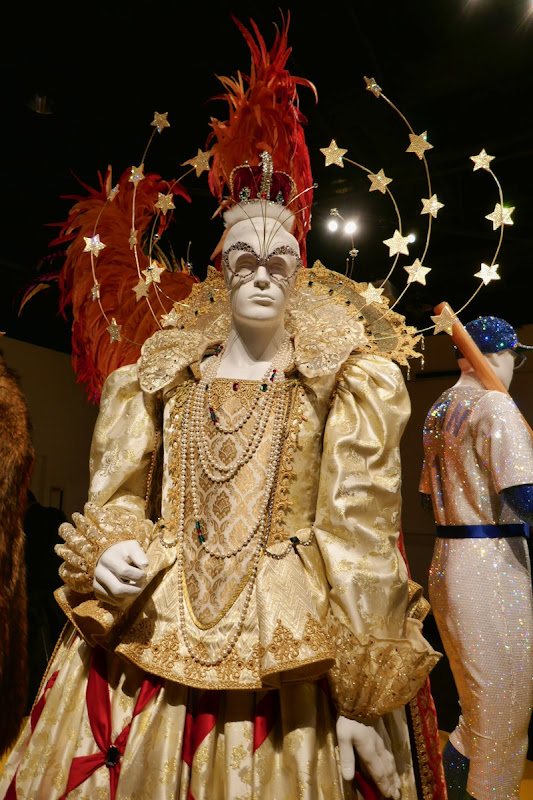 Elton John Rocketman Queen Elizabeth I film costume
