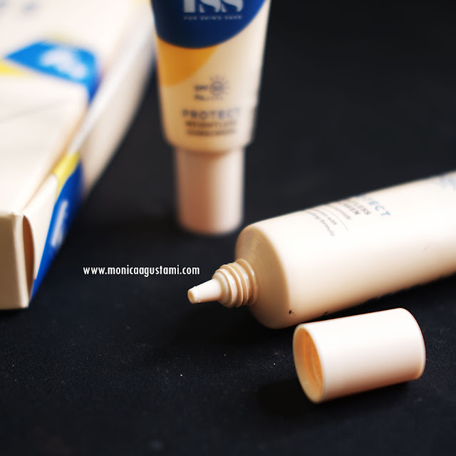 Review FSS Weightless Sunscreen