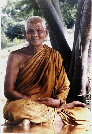 www.budsas.asia - Những câu chuyện quý báu về cuộc sống người tu...xuất gia - Ajahn Fuang Jotika