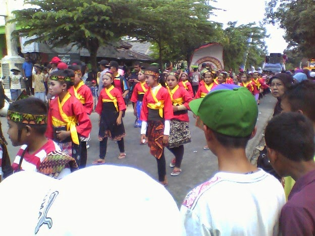 Foto SDN Mulyoagung 1 pada Festival Karnaval SInggahan Tuban