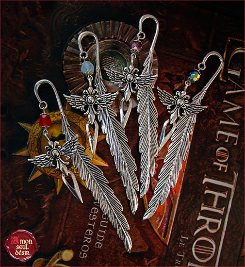 marque page plume glaive épée dague ailes bookmark medieval mythical feather reading dagger winged sword