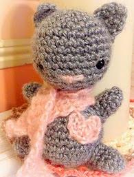 http://www.ravelry.com/patterns/library/valentine-kitten-amigurumi