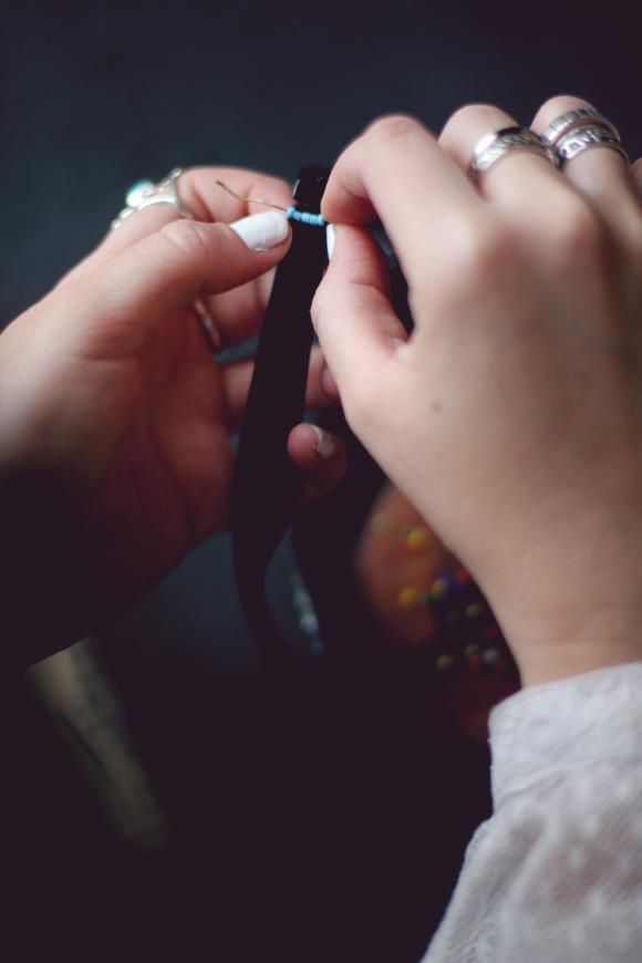 Как украсить очки бисером: пошаговый мастер-класс