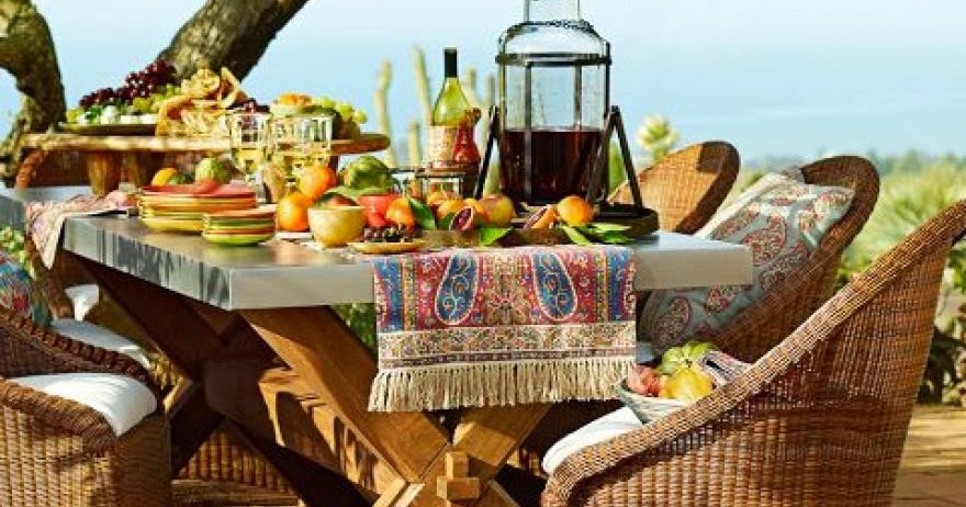 The Awesome Outdoor Breakfast Table Design Picture