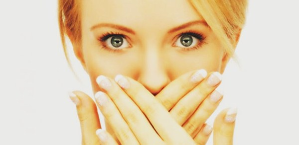 Semua orang menginginkan gigi putih berseri supaya selalu menjadi dambaan banyak orang 5 Hal yang Harus Anda Hindari untuk Memutihkan Gigi