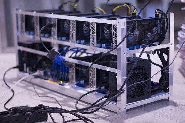 Image of bitcoin mining hardware, techyleaf