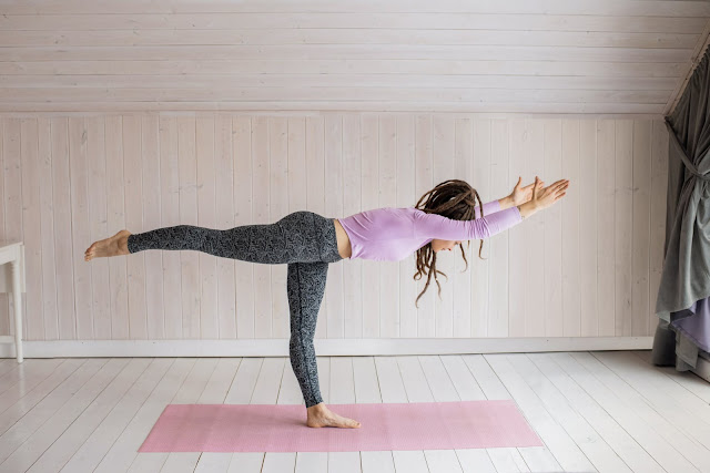 yoga saat wfh