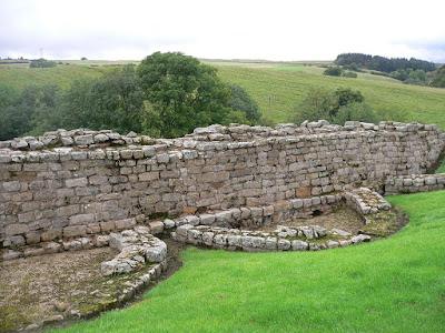Top 10 Spots To Enjoy A Picnic Along Hadrian's Wall - Roman Vindolanda
