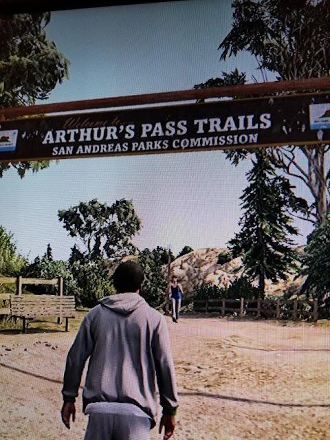 بالصور لعبة Red Dead Redemption 2 تمت الإشارة إليها قبل سنوات داخل GTA V من طرف روكستار