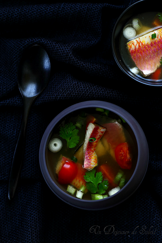 Soupe de rougets thaïlandaise