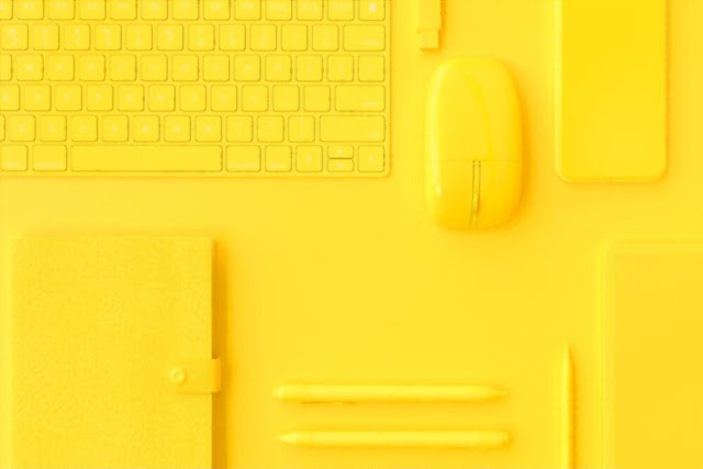 Digital minimalism for simple content living