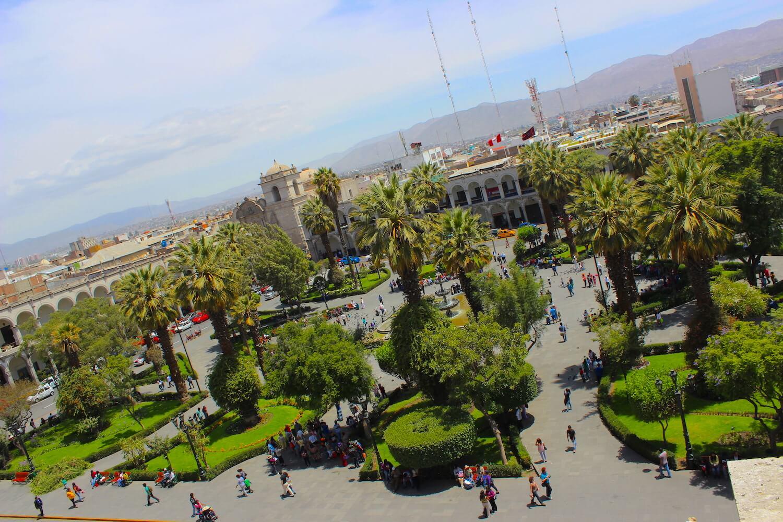 plaza de armas arequipa garden
