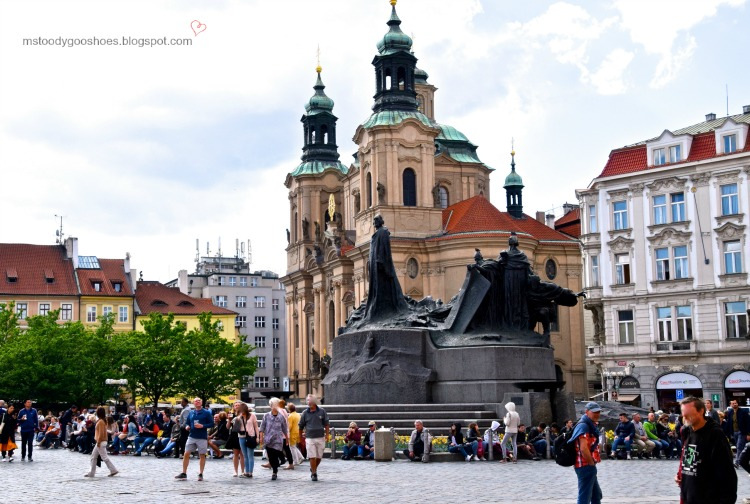 St. Nicholas Church in stunning Old Town Square, Prague | Ms. Toody Goo Shoes #prague #oldtownsquare  #stnicholaschurch #danuberivercruise