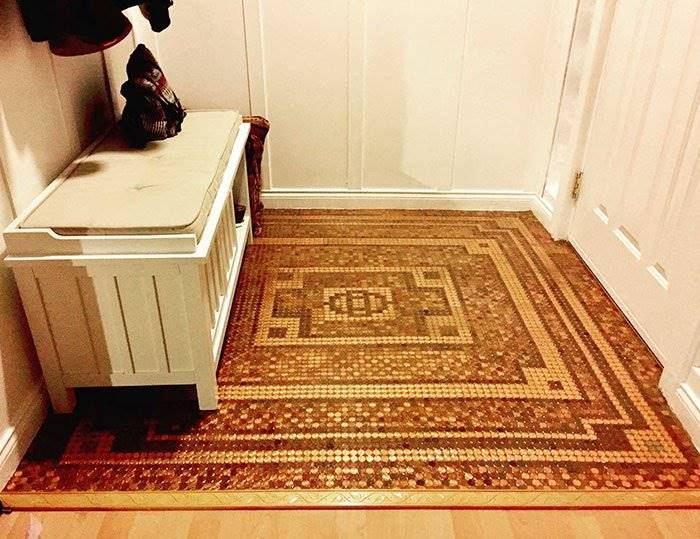 The woman made just a stunning floor out of 7,500 coins
