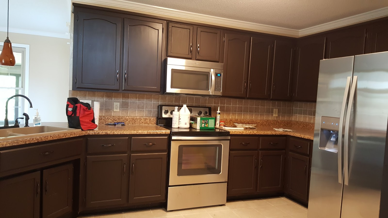 Painting Clarksville Tennessee Cream Cabinets With Glaze