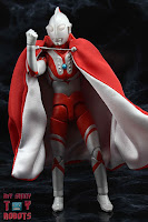 S.H. Figuarts Brothers' Mantle 17