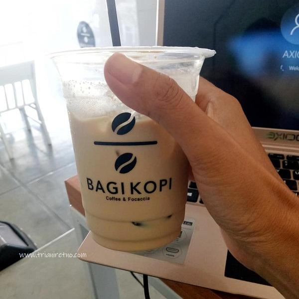 es kopi hazelnut andalan bagi kopi
