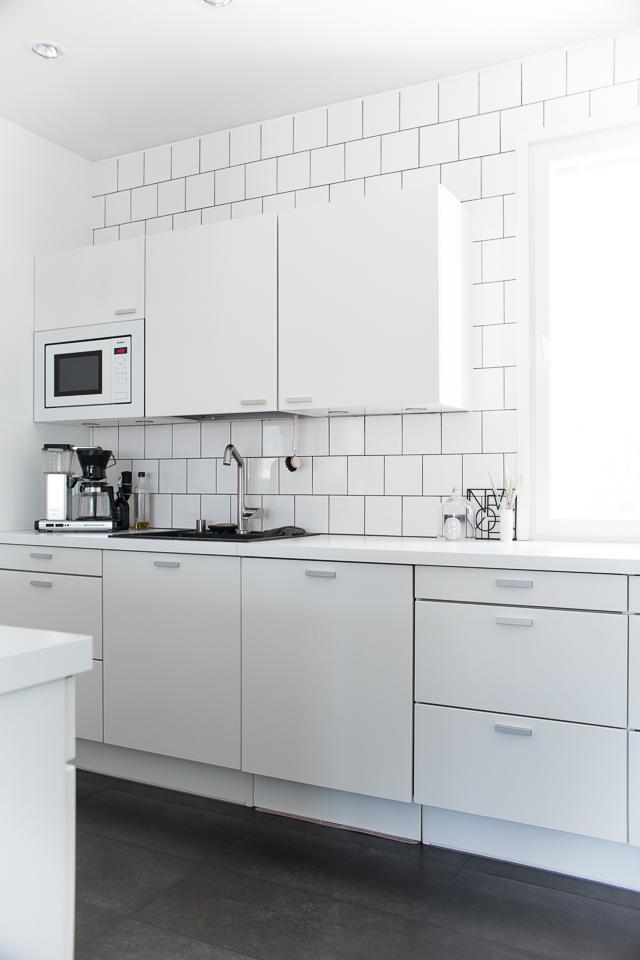 Villa H, valkoinen keittiö, keittiö