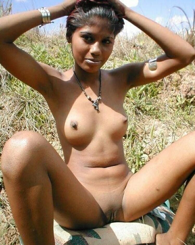 Cute naked black women
