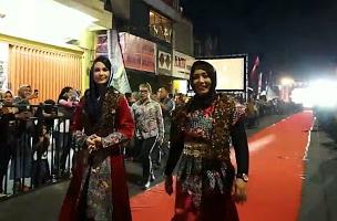 Mojobatik Festival, Kolaborasi Desainer Batik Lokal dan Internasional