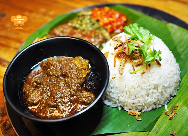 Naughty Nuri's Asian Beef Rendang