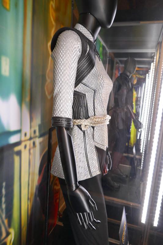 Shang-Chi Xialing movie costume detail