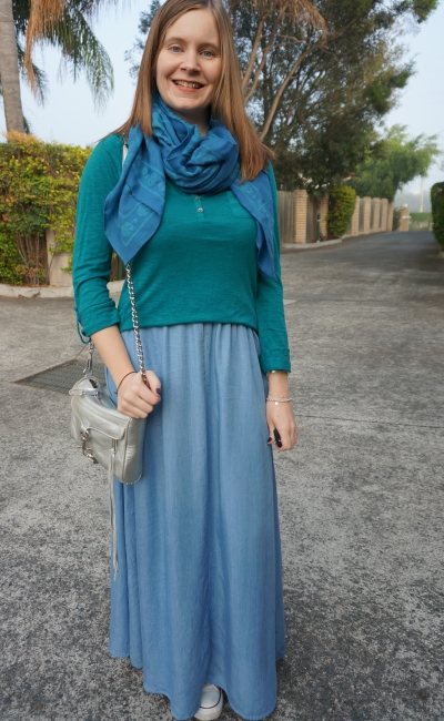 Chambray maxi skirt, converse, blue and teal outfit SAHM Style | Away From The Blue