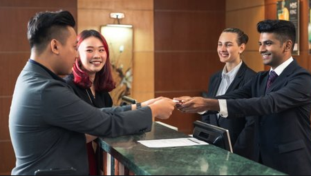 Alasan Kenapa Kerja Di Hotel Bikin Jago Bahasa Inggris