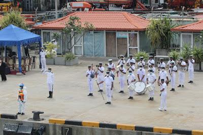 Laksanakan Misi Perdamaian Dunia, KRI SIM-367 Tiba di Colombo, Sri Lanka