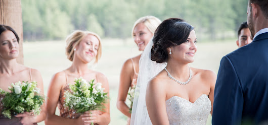 How to Help Your Wedding Photographer When Planning Your Big Day