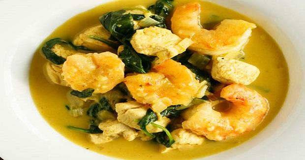 Garlic Coconut Curry Shrimp And Chicken Bowl Recipe