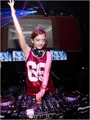 DJ Princess Joana