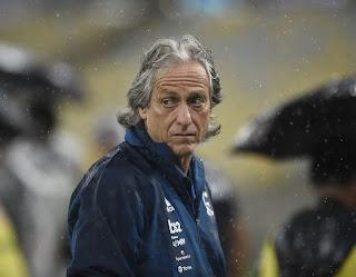 Treinador do Flamengo, Jorge Jesus testa positivo para coronavírus