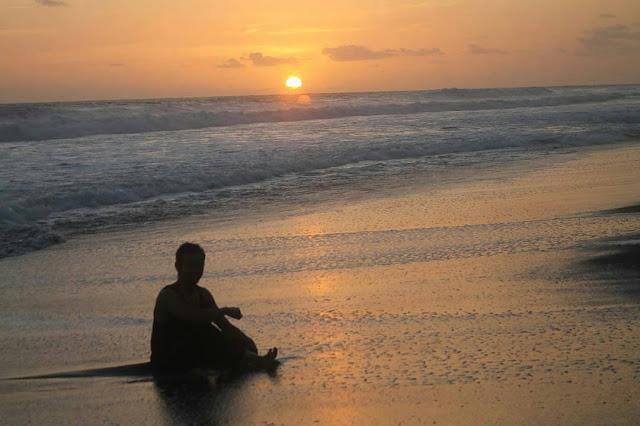 Pantai Baru Bantul, Pemandangan Kincir Angin Raksasa