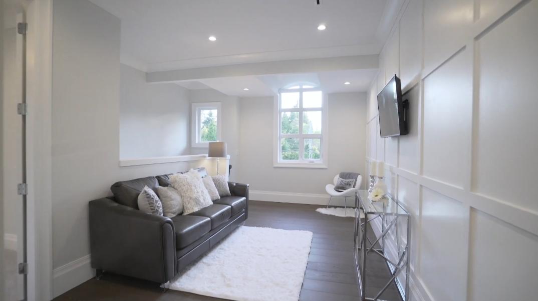 69 Interior Photos vs. 3818 156th St, Surrey, BC Luxury Home Tour