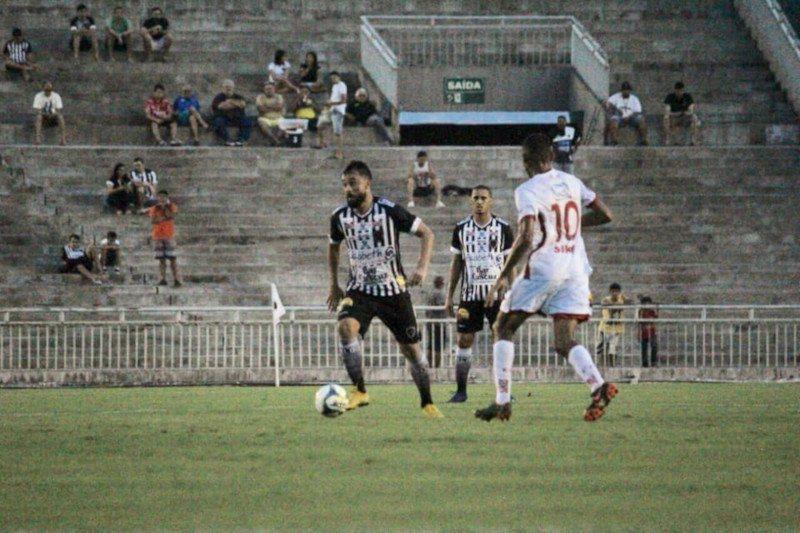 513915576 Botafogo vence Esporte de Patos e fica muito próximo das semifinais do  Paraibano