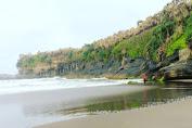 Pesona Pantai Citanggeuleuk | Rute Lokasi & Info Tiket