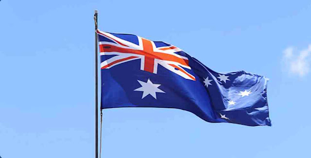 How many colors are there in the flag of Australia?
