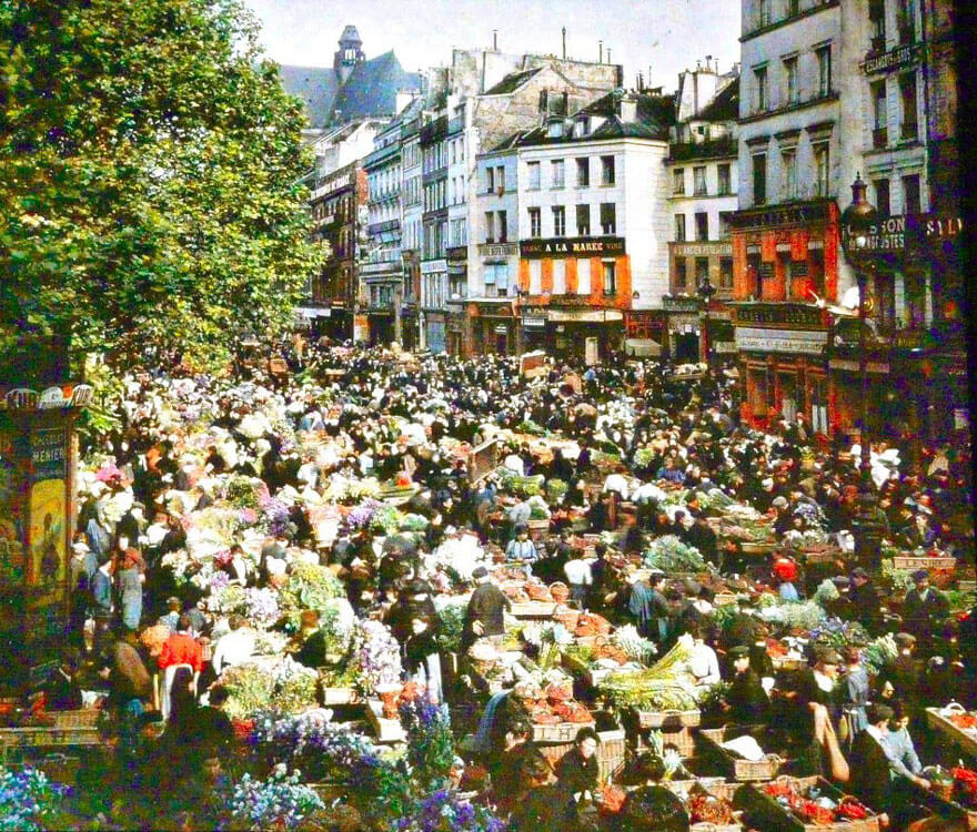 40 Old Color Pictures Show Our World A Century Ago - Outdoor Market, Paris, 1914
