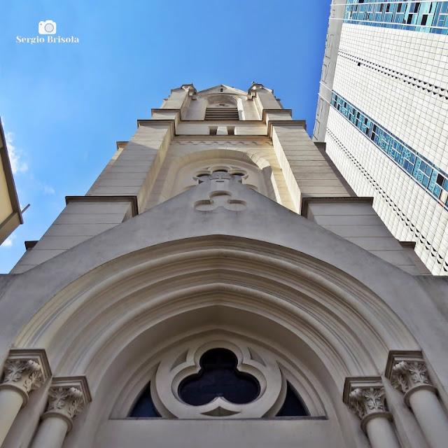 Perspectiva inferior da fachada da Igreja Martin Luther - Santa Ifigênia - São Paulo