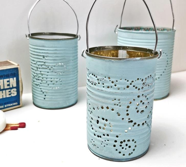 drei Dosenlaternen in hellblau mit Metallhenkel