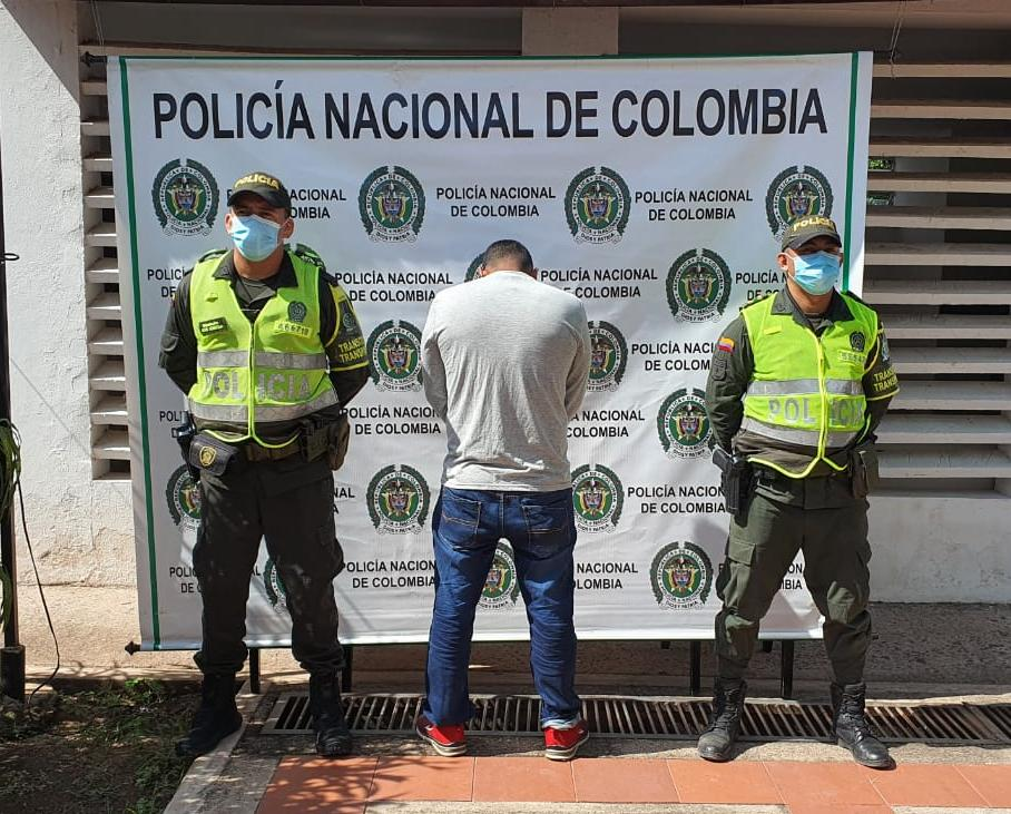 https://www.notasrosas.com/Seccional de Tránsito y Transporte  (Setra) captura dos ciudadanos, en diferentes vìas del departamento de La Guajira