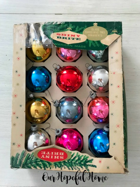 box vintage Shiny Brite glass ornaments