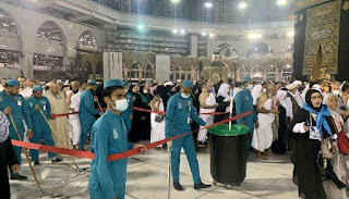 Corona, 30 million students lost education a week, closed for clean spray in Haram, aviation industry fears 174 trillion damage
