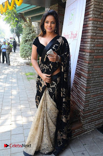 Actress Neetu Chandra Stills in Black Saree at Designer Sandhya Singh's Store Launch  0053.jpg