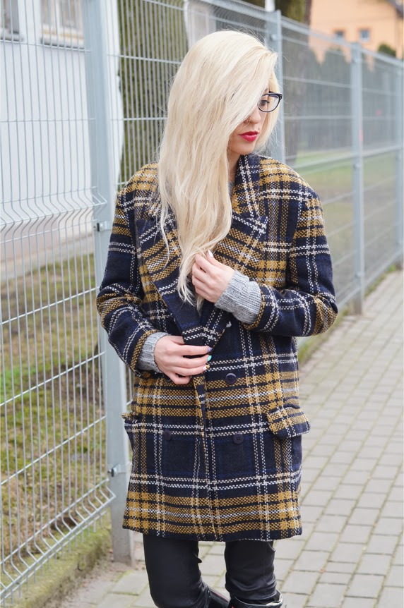 http://www.choies.com/product/brown-wool-coat-in-grid?cid=349