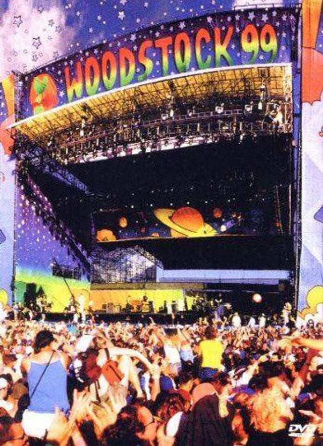 Woodstock '99 Menghilangkan Kedamaian, Cinta, dan Pengertian