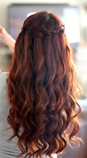 long wavy auburn hair